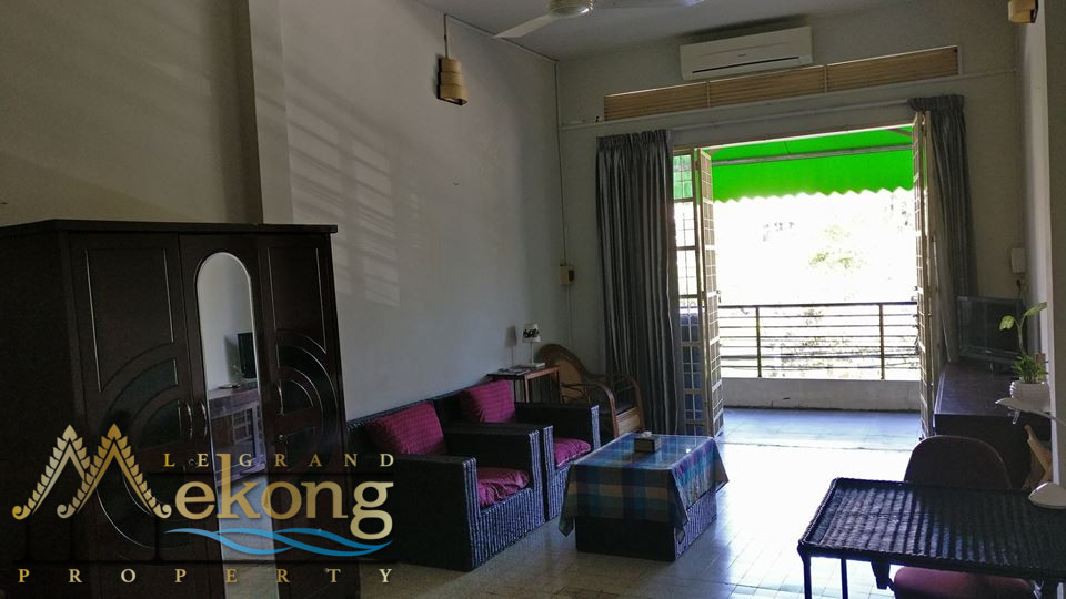 1 bedroom apartment facing Freedom Park