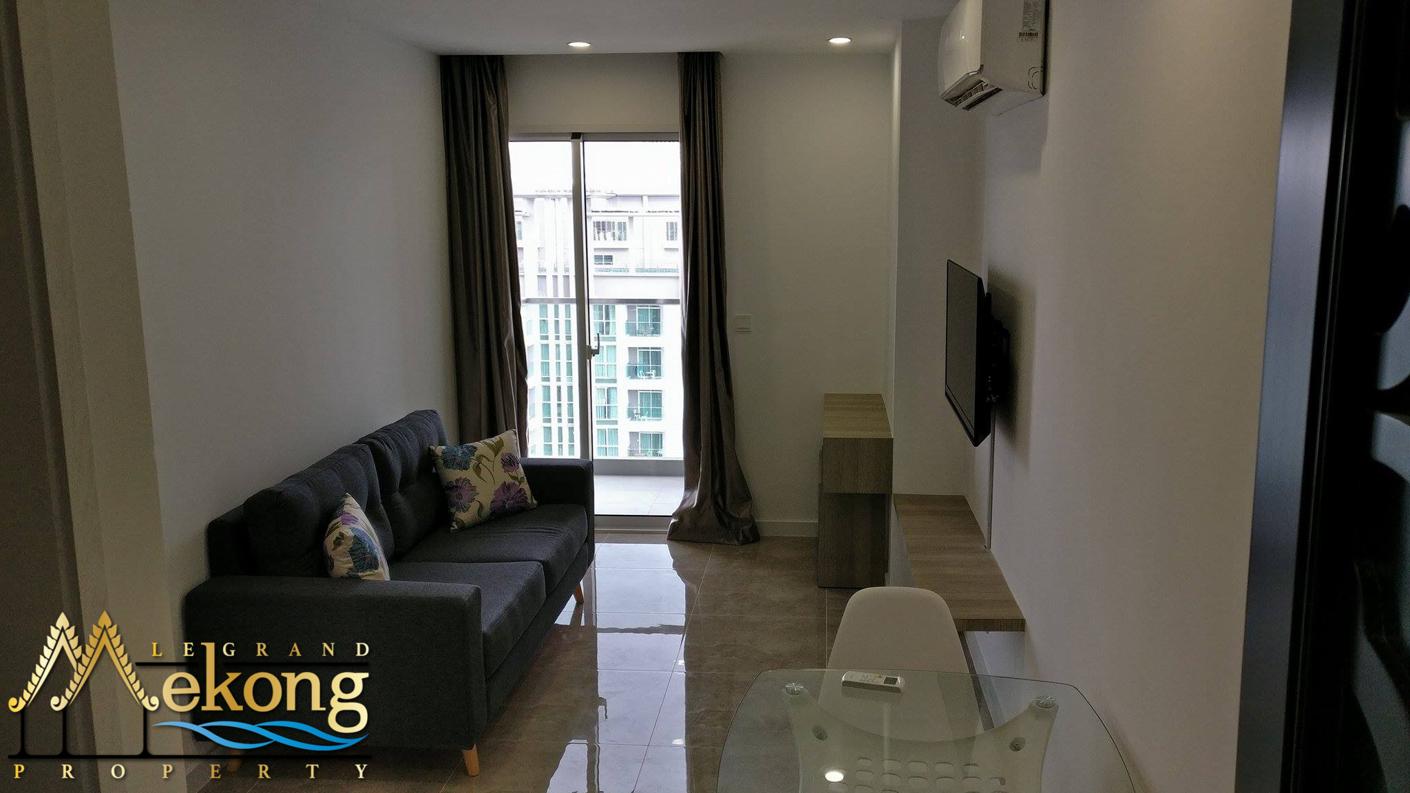 Brand new condominium for rent fully furnished | LGM281