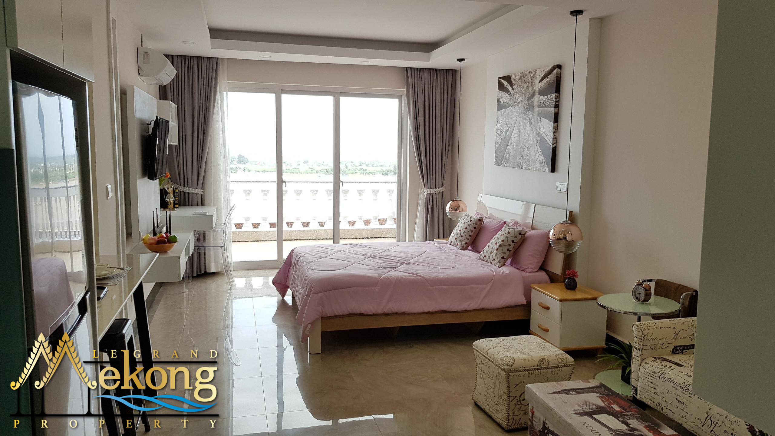 Beautiful studio with a stunning view on the Mekong for rent LGM294