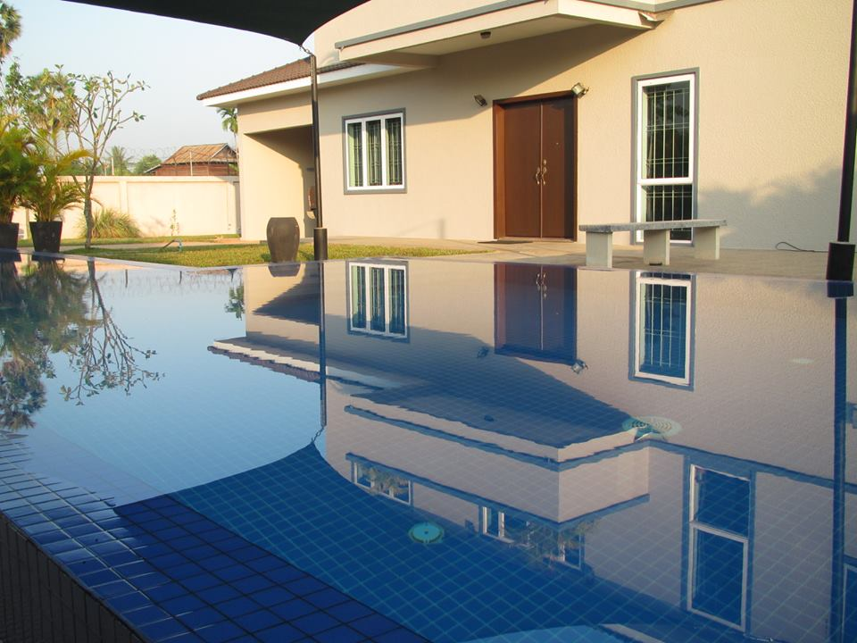 1263m2 land with villa for sale