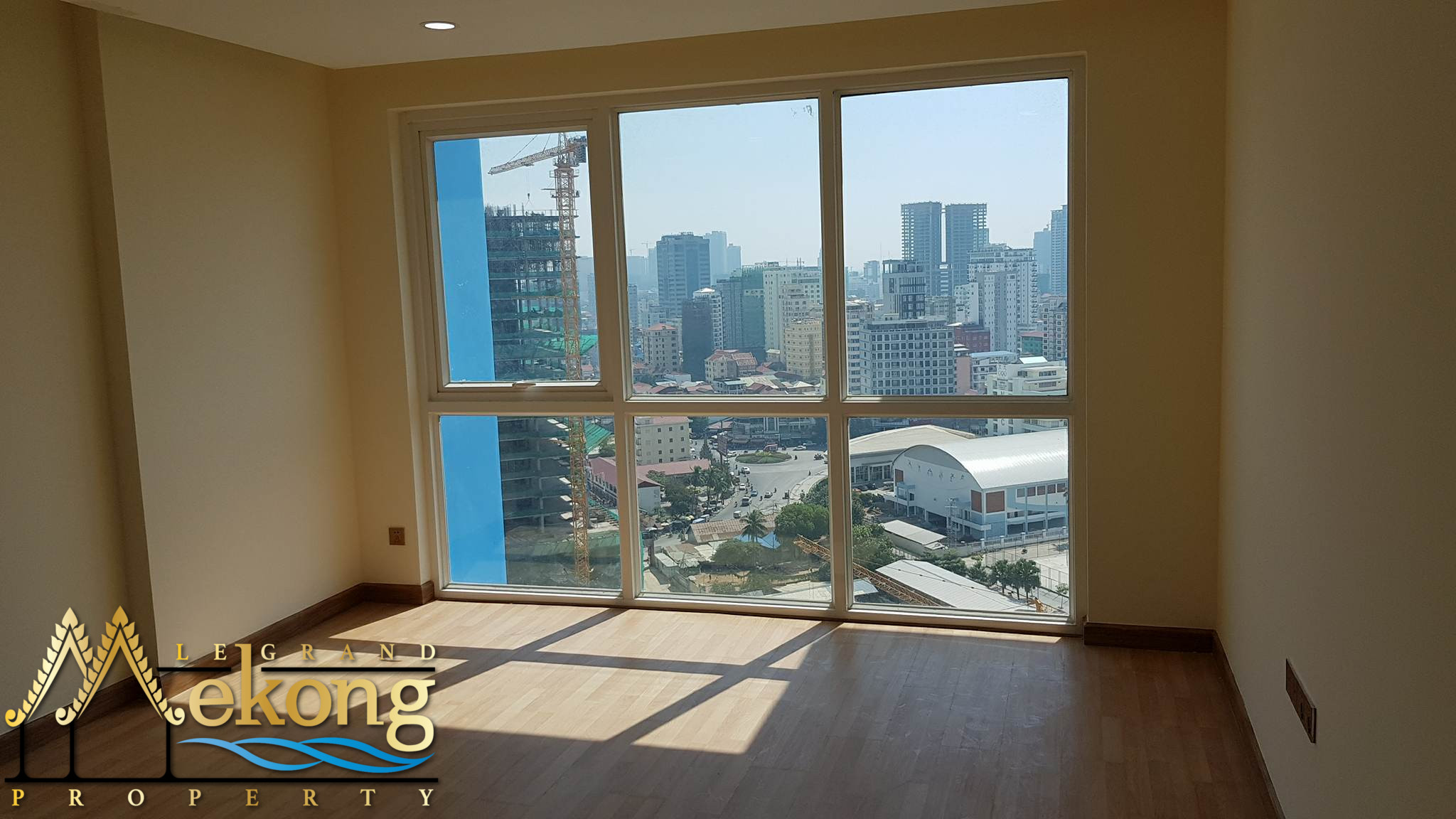 Brand new condominium 2 Bedroom fro sale near Olympic | LGM305