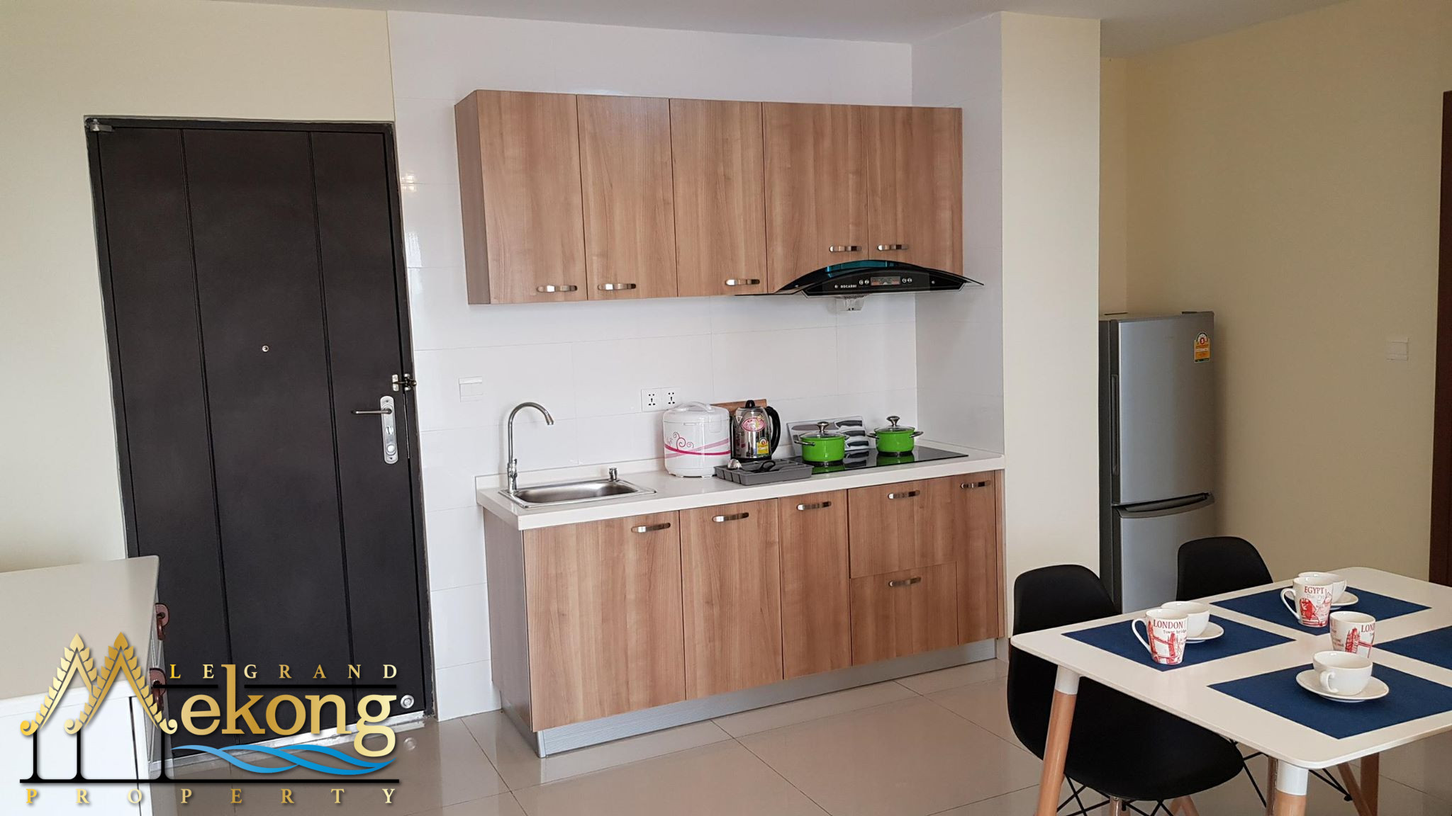 one bedroom condominium with pool and gym on Chroy Changvar | LGM307