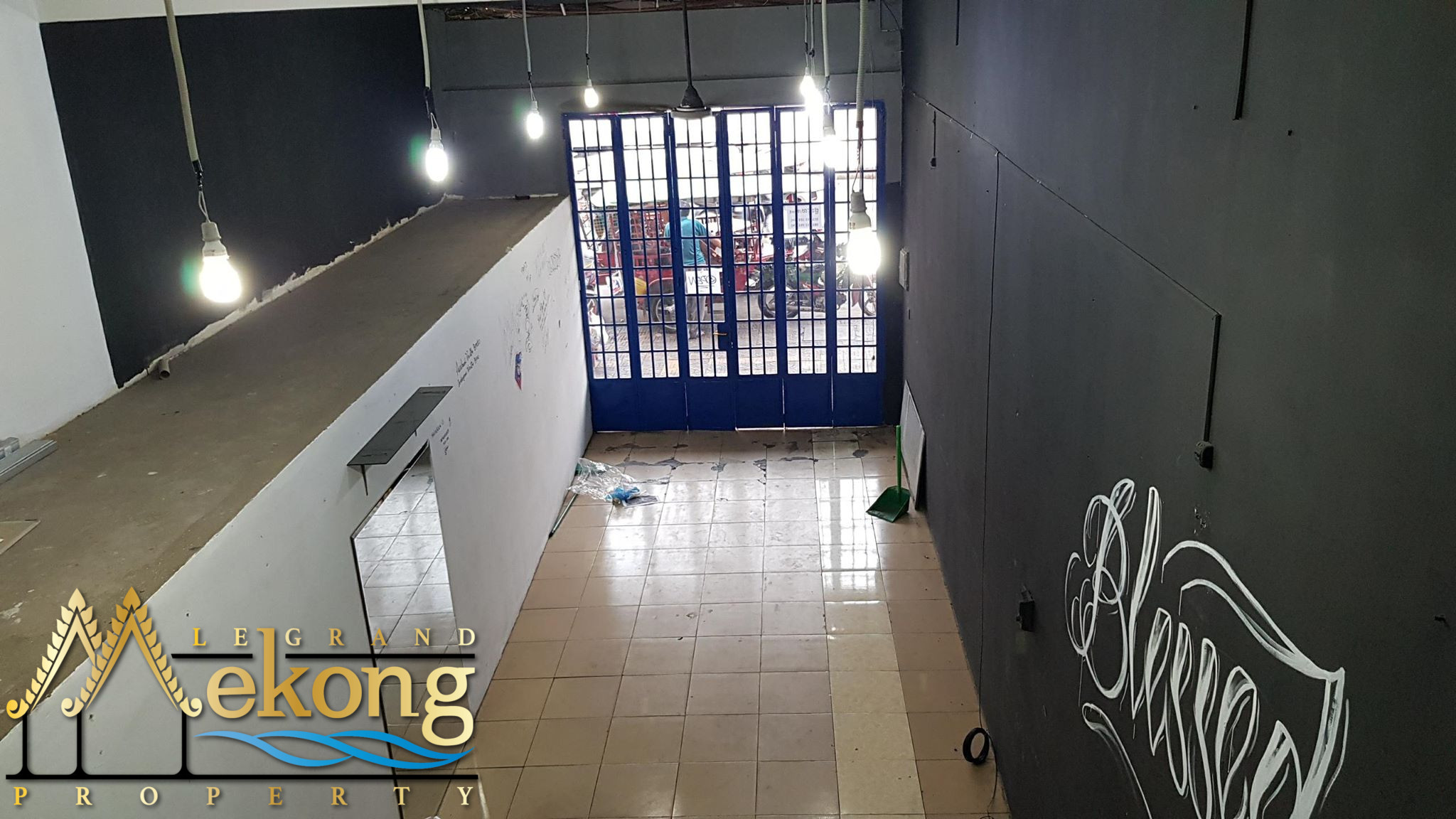 Commercial Space For Rent (Riverside) LGM311
